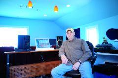 Ronnie Studio rsz